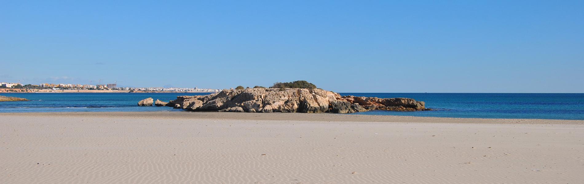 Club Dolphin Bay et des visites de sites archéologiques datant de lAntiquité.